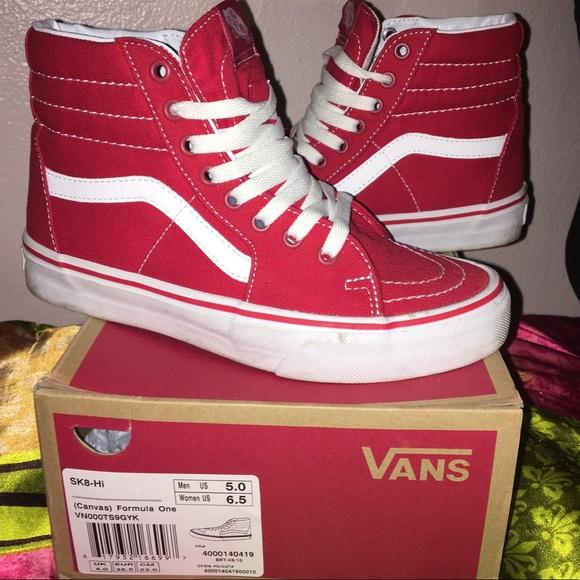 98e6307592 Vans Red Canvas Sk8-Hi Brand New. M 5a63fcbdd39ca293f39afa89